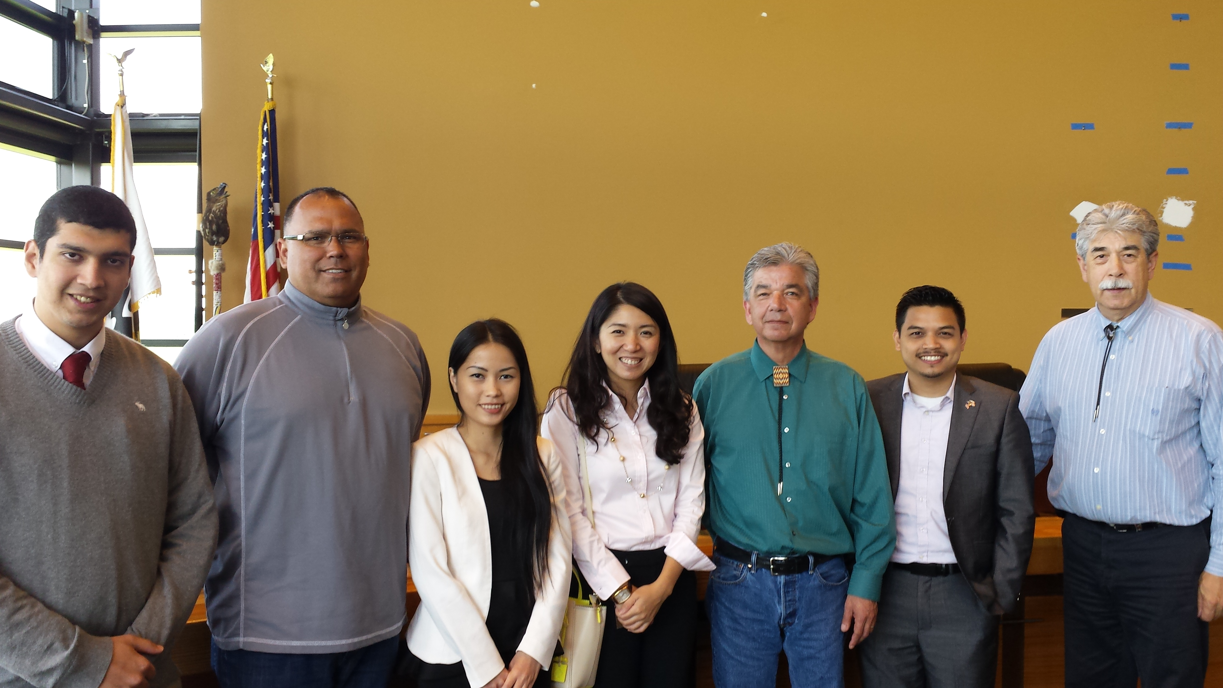 Fellows meeting with members of the Tulalip tribe